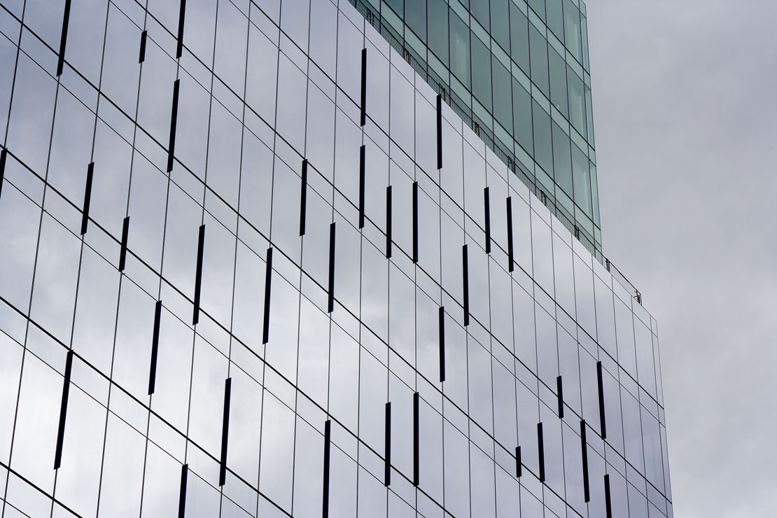 Curtain Wall Glazing : Method statement for installation of glazing panel to grp fins
